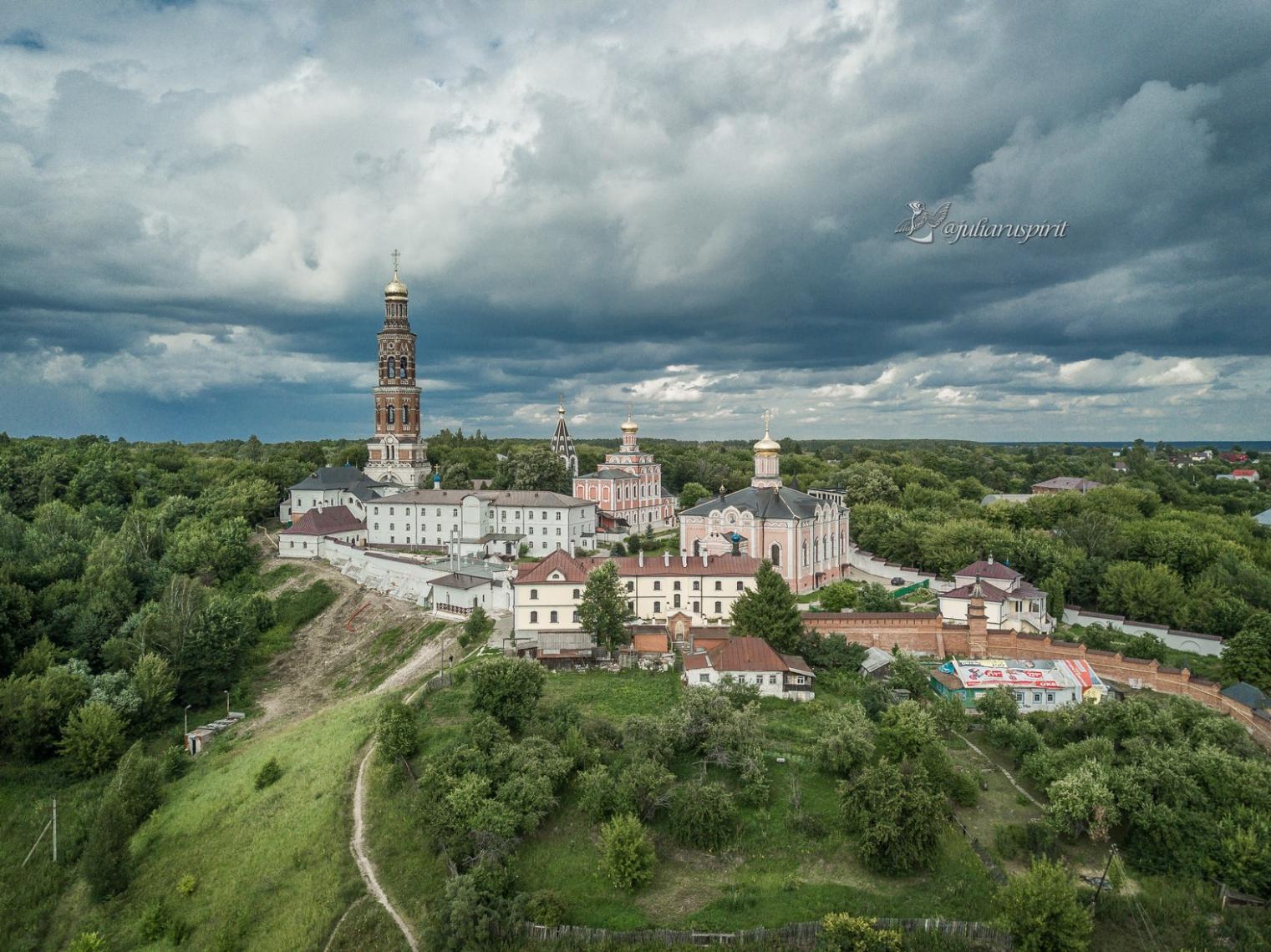 фото монастыря с высоты