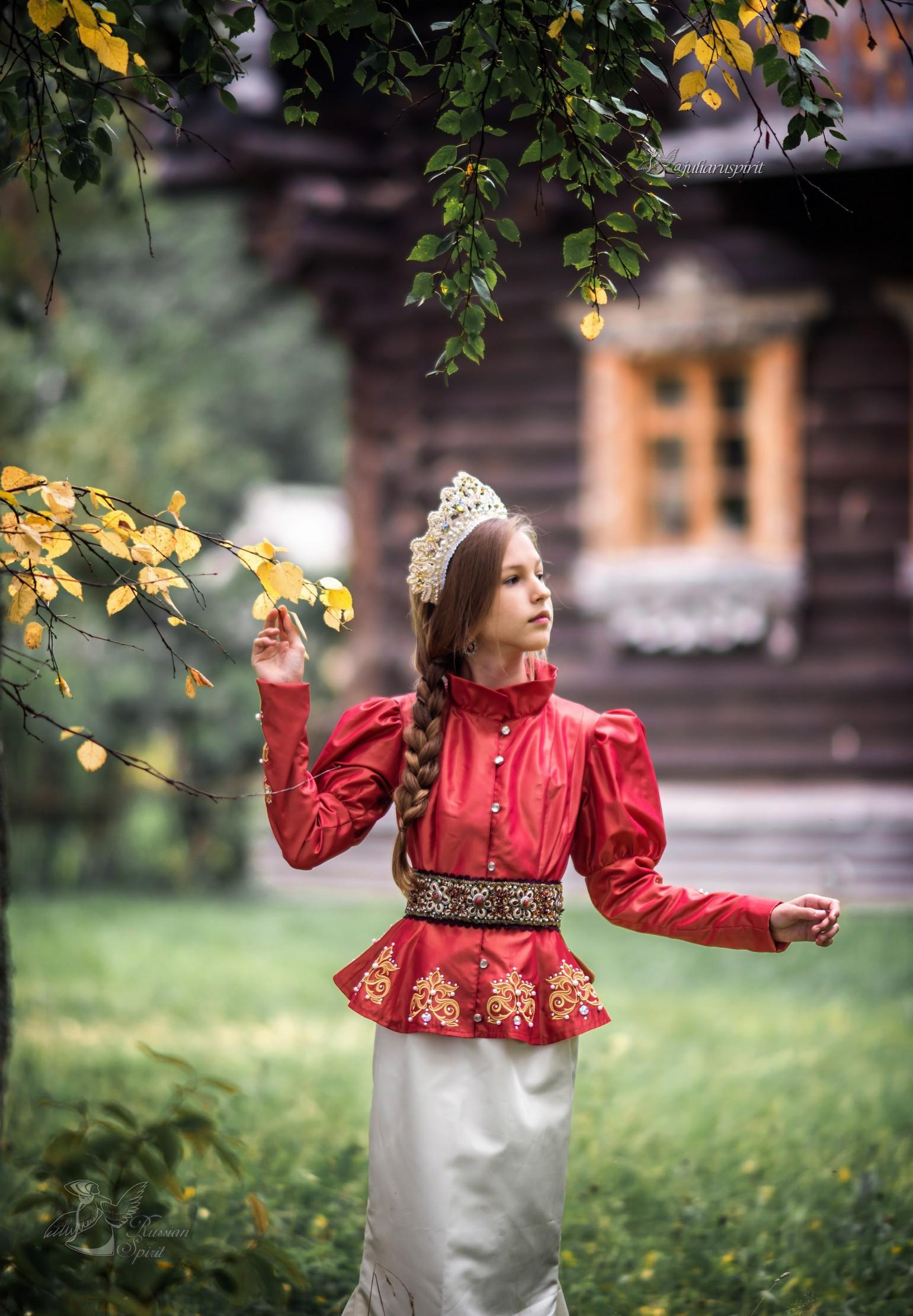 Костюм для девочки для фотосессий в руском стиле